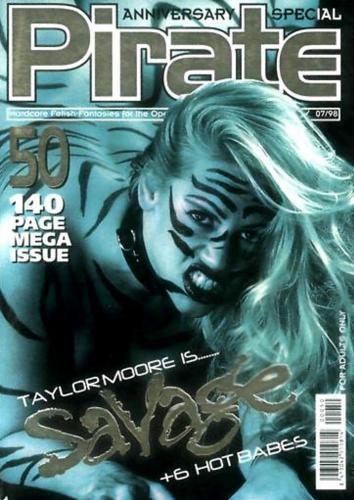 221480263_private_magazine_-_pirate_050.jpg