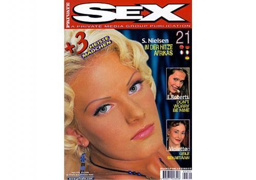 221480365_private_magazine_-_sex_021.jpg