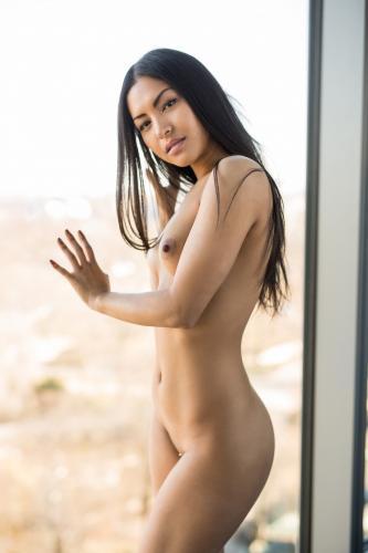 221898188_chloe_rose_nude__sexy_94_nude_photos_6.jpg
