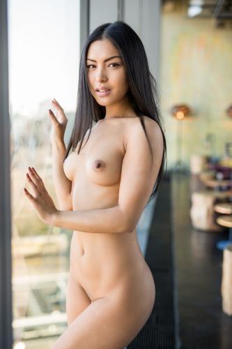 221898204_chloe_rose_nude__sexy_94_nude_photos_7.jpg