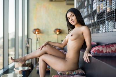 221898215_chloe_rose_nude__sexy_94_nude_photos_8.jpg