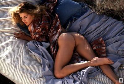 221900660_corinna_harney_nude__sexy_77_nude_photos_4.jpg