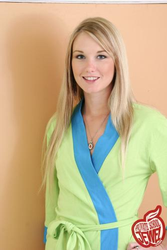 Privateschooljewel  009. Green robe