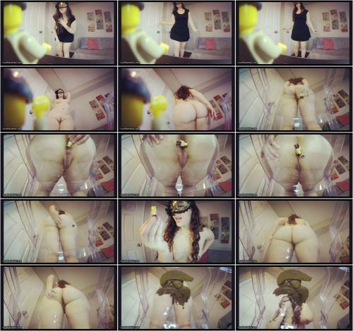 LoveRachelle2 - GIANT Woman Turns Tiny Horny Boyfriend Into [FullHD 1080P]